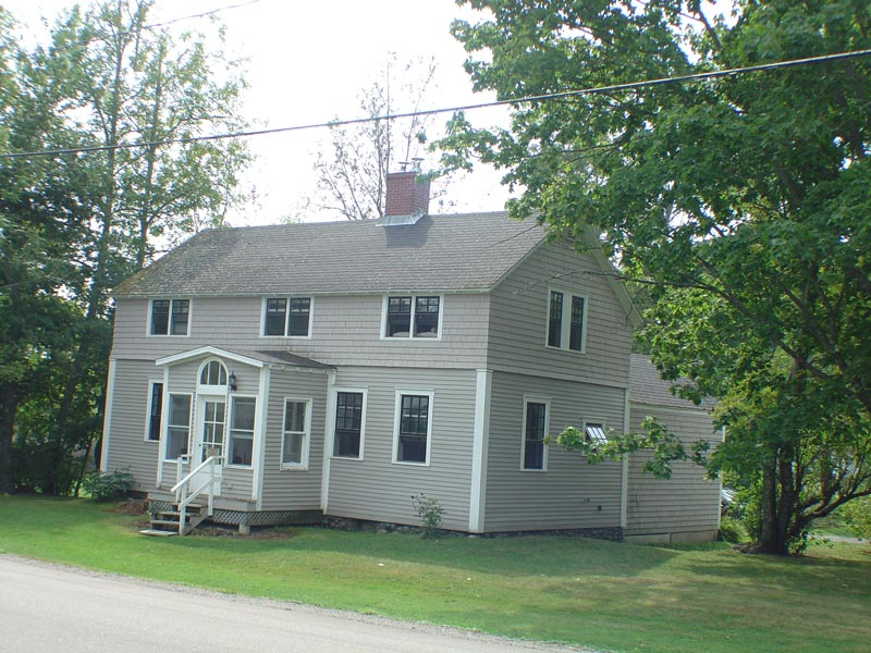 <h3>$1,250<small> Weekly</small></h3><p>Parker House, Saint Andrews, New Brunswick</p>