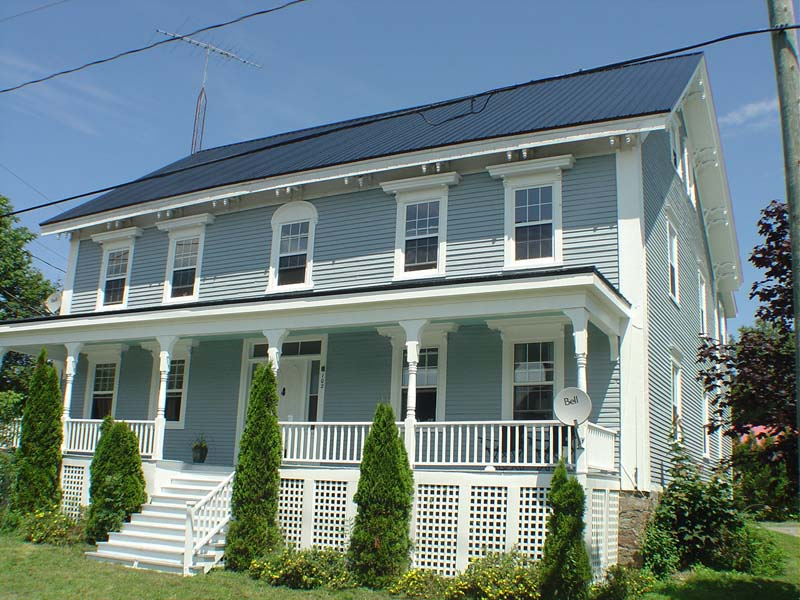 <h3>$500<small> Weekly</small></h3><p>102 Montague, Saint Andrews, New Brunswick</p>